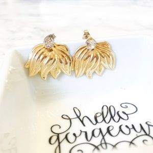 UnoAErre 14k Gold Jacket Shell Earring